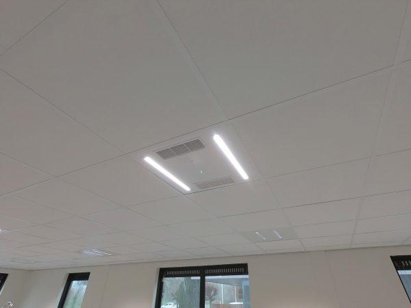 UV luchtdesinfectie led paneel met inschakeling van de verlichting